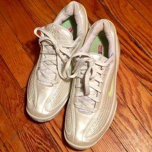 Nike zoom air mistify ll tennis shoes